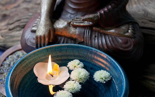Meditation mit Buddha - Iris Scholz